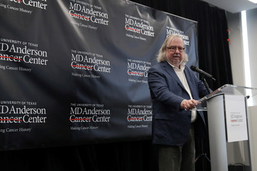 James Allison, who won the 2018 Nobel Peace Prize for Medicine, speaks during a news conference in New York