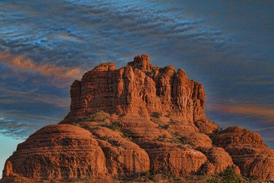 Sunrise over Bell Rock of Sedona, Arizona (USA)