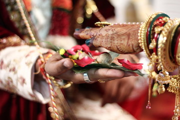 Indian wedding candid Photography, rituals and traditions of wedding in india