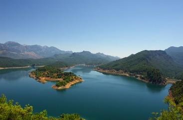 Foto auf AluDibond Karibik Lake in the mountains