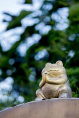 かえるの仏像