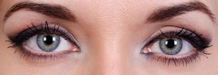 Young girl's eyes sore from makeup