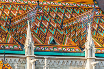 Wall Mural - Detail of the colorful roof of Matthias church in Budapest, Hungary