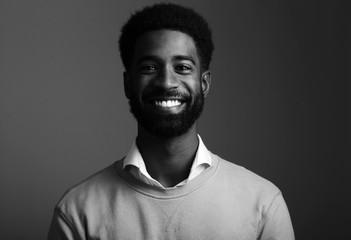 Black and white portrait of a black man Fototapete