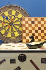 jouet en bois et jeu de fléchette