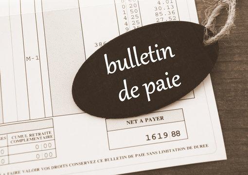 bulletin de paie sur écriteau,net à payer