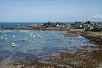Un petit coin du port breton de Roscoff (Finistère)