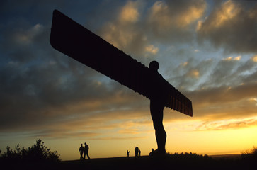 Poster Grijs Angel of the North at sunset