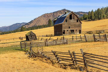 Farm scene an old barn in rural Oregon, USA.