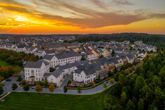 Typical American real estate development neighborhood with single family and townhouses