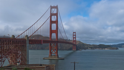 a pictures from SAn Francisco in US, where you can find the Golden Gate, Pier 39