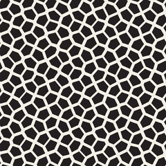Seamless irregular lines vector mosaic pattern. Abstract chaotic tessellation texture