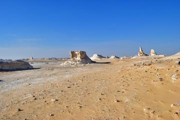 Fototapete - Sahara desert, Egypt. White desert