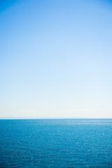 海の水平線