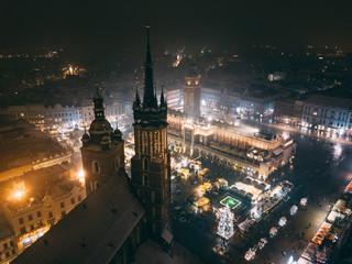 Kraków Bazylika Mariacka z powietrza - Boże Narodzenie