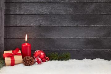 Weihnachten Hintergrund mit Kerze und Geschenk