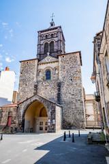 Basilique Notre-dame du Port à Clermont-Ferrand