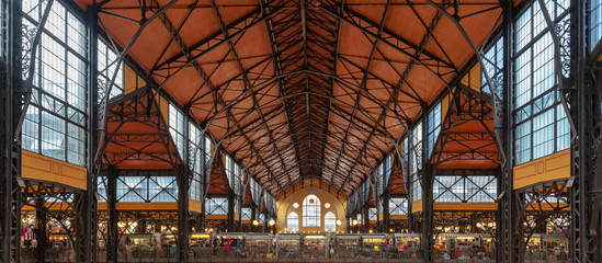 Roof of Central market hall in Budapest, Hungary Fotomurales
