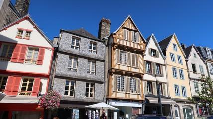 Façades de maisons traditionnelles à Morlaix, en Bretagne (France)