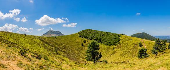 Panorama du Puy Pariou  en Auvergne