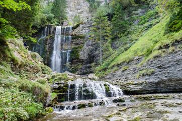 The waterfalls of Saint-Même circus