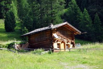 Hütte im grödnertal