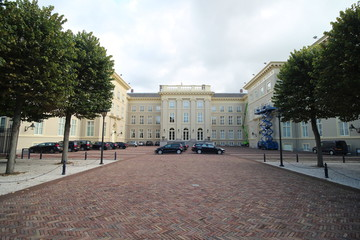 Backside of palace paleis Noordeinde in Den Haag (The Hague) in the Netherlands with cars of the members of the parliament of the Netherlands.
