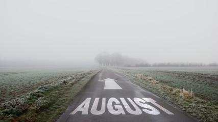 Schild 402 - August