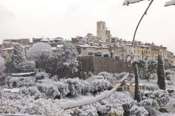 St  Paul de Vence sous la neige