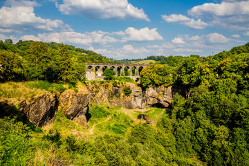 Viaduc et Cascade de Salins