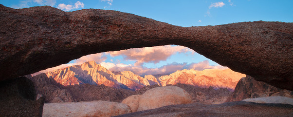 The Lathe Arch in Alabama Hills Lone Pine