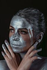 Silver Metallic Make-up