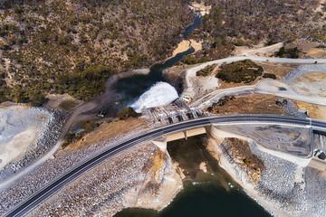 Photo sur Toile Barrage D SM Jindab Dam Top Down