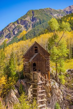 Crystal Mill in Colorado on a bright, sunny autumn day