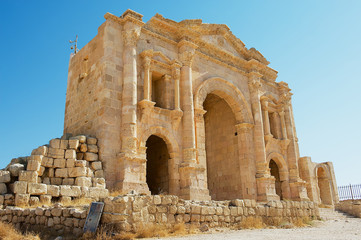 Arch of Hadrian in the ancient Roman city of Gerasa in Jerash, Jordan.