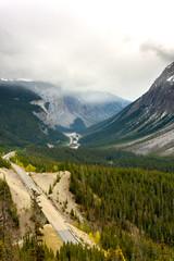 Der Icefields Parkway am Cirrus Mountain