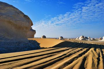 Fototapete -  White desert, Sahara. Egypt