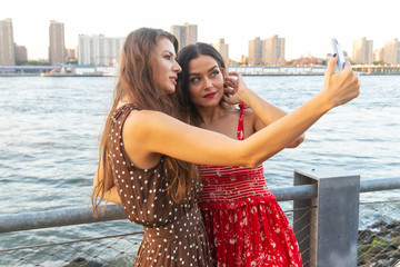 Two women taking a selfie in New York