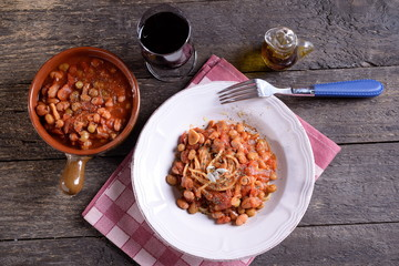 Pasta dish with beans in the sauce