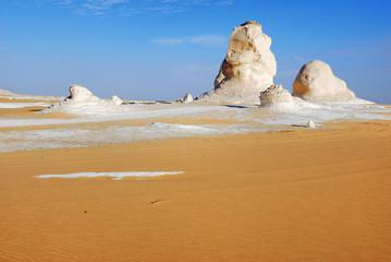 Fototapete - The limestone formation in White desert. Sahara. Egypt