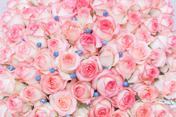 rose, pink, flower, bouquet, roses, love, nature, flowers, floral, wedding, red, blossom, romance, valentine, petal, white, bloom, bunch, beautiful, gift, green, flora, romantic, pattern, beauty