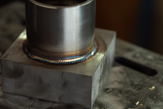 Sample and Characteristics of welding patterns. argon welding industrial construction