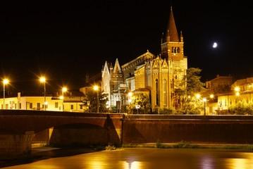 Italien - Verona - Chiesa San Fermo Maggiore - Nachtaufnahme