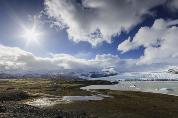 Polar ice lagoon./ Amazing natural glacial landscape in Iceland