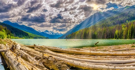 Wall Mural - Evening panoramic view at the Mount Rhor mountain from Duffey lake Provincial Park in British Columbia - Canada