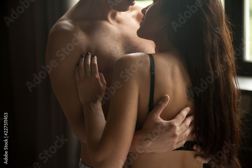 Hardcore Foxy Beautiful Brunettes Naked Kissing