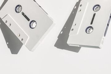 audio,tape,music,song,sound,minimal,format,information,white,party,pause,play