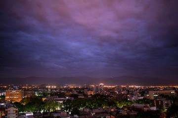 La noche en la ciudad de Mendoza