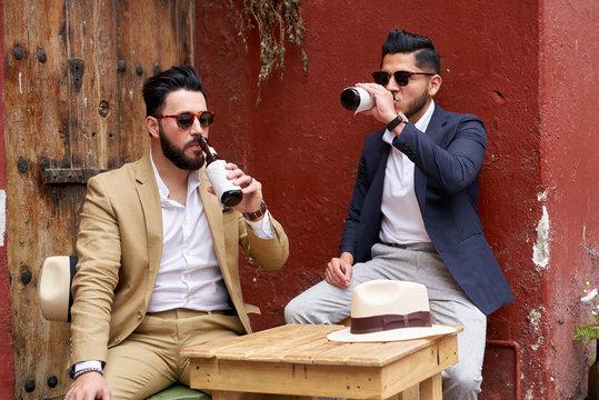 Stylish drinking buddies
