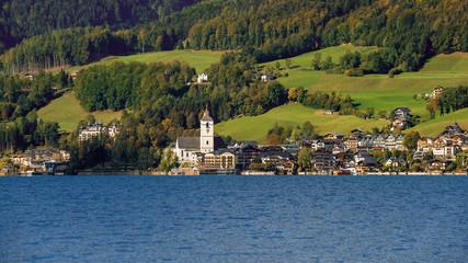 Seeseite von St. Wolfgang am Wolfgangsee, Österreich